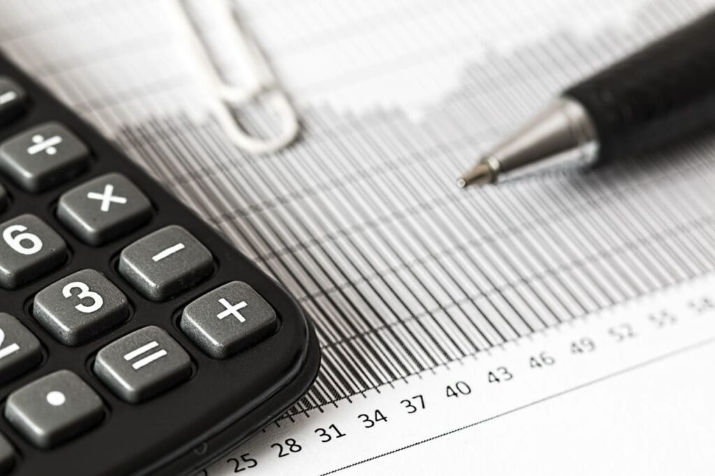Calculate your monthly net profit